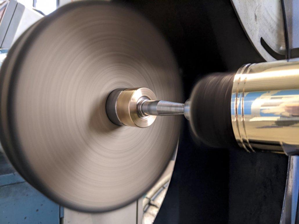 lucidatura-metalli-dettaglio